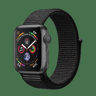 """Apple Watch Series 4, 44 мм, корпус из алюминия цвета """"серый космос"""", черный спортивный ремешок"""